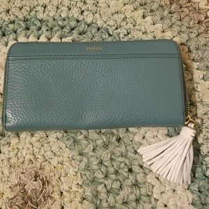 Fossil soft green/turquoise wallet with tassel